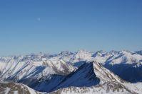 Das Bergpanorama auf den Gipfeln ist atemberaubend.