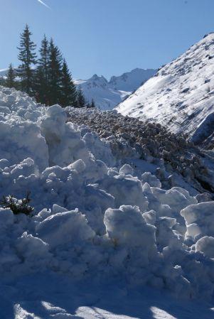 Sie hatten den Weg ins Vergalda-Tal an mehreren Stellen überschüttet.