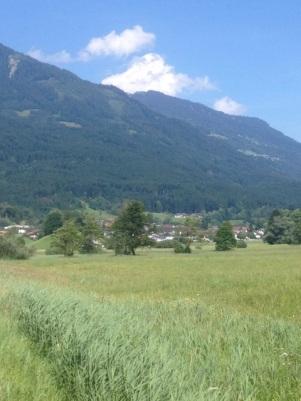 Satteins - am Berg ist auch Düns zu erkennen.