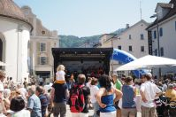 Blues und sonstige feine Musik wurden von der Dornbirn Big Band gespielt. George Nussbaumes verstärkte sie als Sänger.