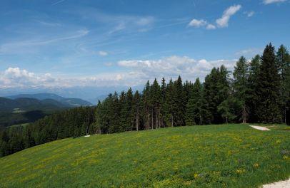Die Aussicht von der Messnerjoch Hütte Richtung Süden.