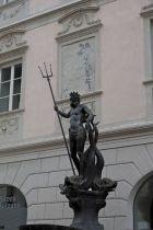 Der Neptunbrunnen liegt in Mitten der Bozner Altstadt.