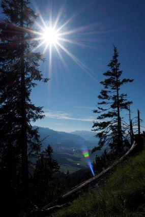 Der Blick in den Walgau im Anstieg zur Frassenhütte.