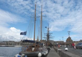 Saint Malo - von hier stachen die französischen Freibeuter in See.
