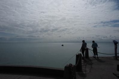 Am Hafen findet man auch klassische Fischer, die auf einen Fang hoffen.