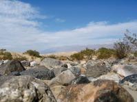 Ein Großteil des Tales ist von Fels und nicht von Sand bedeckt.