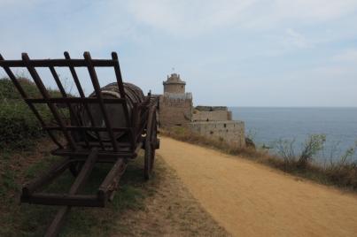 Fort la Latte liegt traumhaft auf einer felsigen Landzunge.