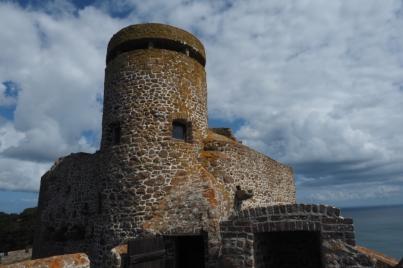 Die Türme im Mont Orgueil Castle wurden von den Deutschen 1940 nochmals ausgebaut.