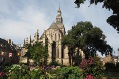 Die Basilika lohnt einen Besuch.