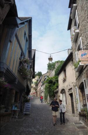 Das steile Gässchen ist eines der Wahrzeichen der Stadt.