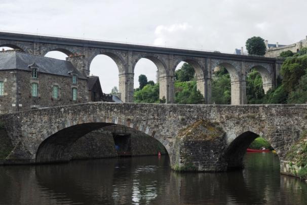 Das Aquädukt über das Rance Tal