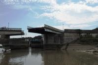 Nach einer weiteren Schleuse wird der Fluss dann noch enger.