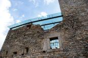 Moderne Glasdächer schaffen freie Flächen, die trotzdem vor dem Wetter geschützt sind.
