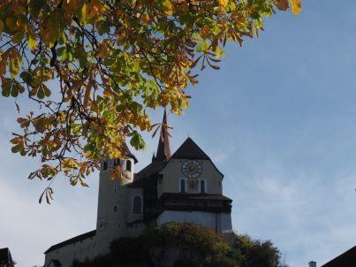 Die Basilika vom Rankweiler Marktplatz aus.