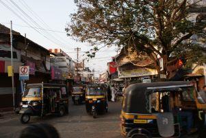 In Calicut waren die Rikschas mit Taxameter ausgestattet.