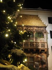Das Goldene Dachl - die Sehenswürdigkeit Innsbrucks.