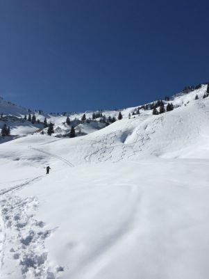 Bei der oberen Fritz-Alpe wird es wieder etwas flacher, ehe die finalen Hänge kommen.